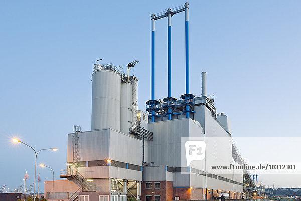 Deutschland  Hamburg  Schlammverbrennungsanlage im Hafengebiet