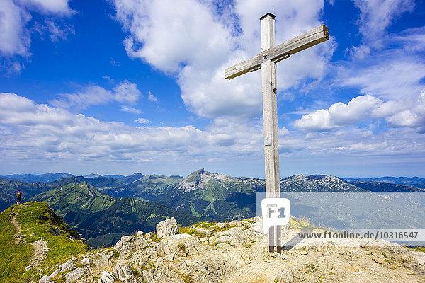 Deutschland  Bayern  Allgäuer Alpen  Gipfelkreuz auf der Walser Hammerspitze Deutschland, Bayern, Allgäuer Alpen, Gipfelkreuz auf der Walser Hammerspitze