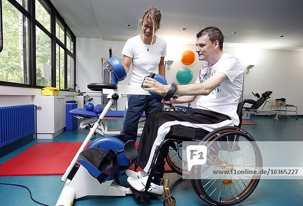 patients doing training to build up the muscles as rehabilitation
