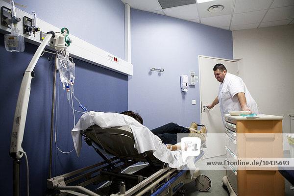 Paris Hauptstadt Frankreich Zimmer Krankenhaus Heiligtum Saint Croix Krankenschwester Schwester Schwestern