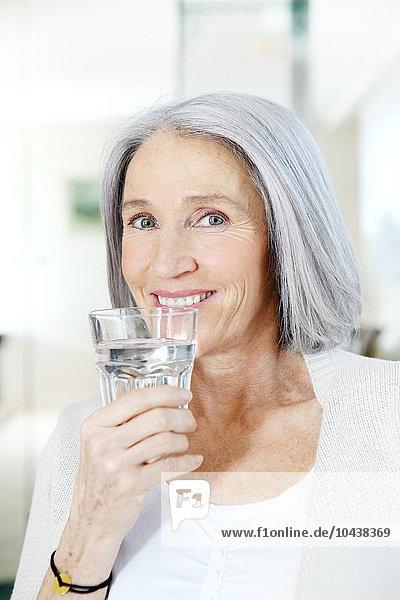 Kälte Getränk Mensch Senior Senioren