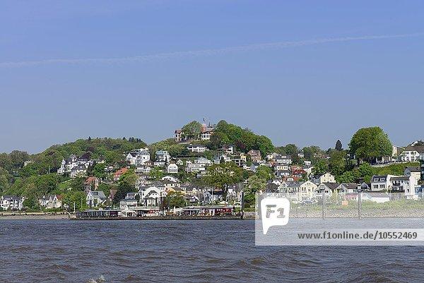 Stadtteil Blankenese mit Hotel Süllberg  Hamburg  Deutschland  Europa