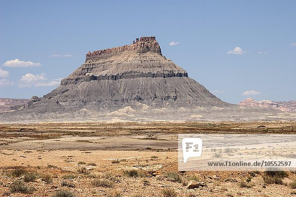Tafelberg Factory Butte  bei Caineville  Utah  USA  Nordamerika
