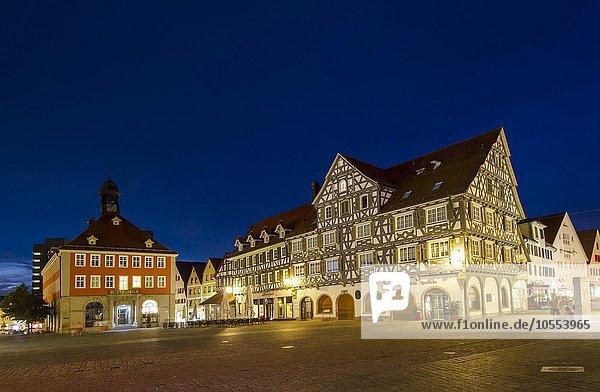 Fachwerkhäuser am oberen Marktplatz  Schorndorf  Baden-Württemberg  Deutschland  Europa