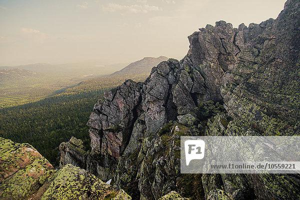 Felsen Landschaft über Hügel