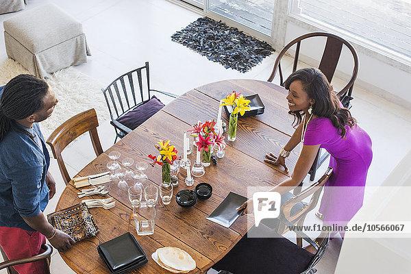 am Tisch essen Tischset Zimmer Tisch