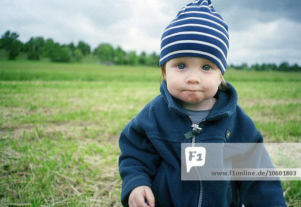 Portrait, Junge - Person, Mütze, Kleidung, Streifen