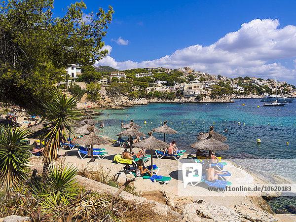 Spanien  Mallorca  Strand und Bucht von Cala Fornells