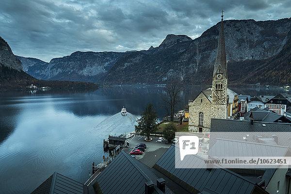 Österreich  Oberösterreich  Salzkammergut  Hallstatt  Hallstätter See