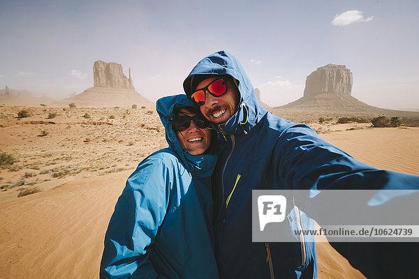 Selfie eines Paares im Monument Valley in Utah