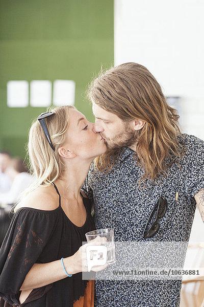 küssen Restaurant jung
