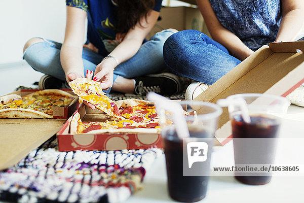 niedrig Anschnitt Freundschaft Wohnhaus Pizza neu