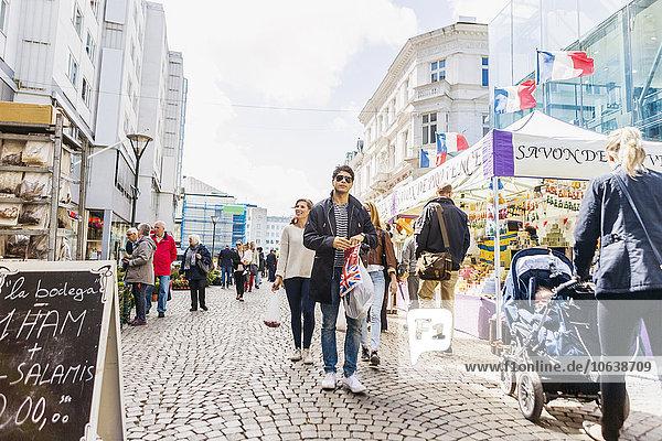 Freundschaft Großstadt Besuch Treffen trifft Markt