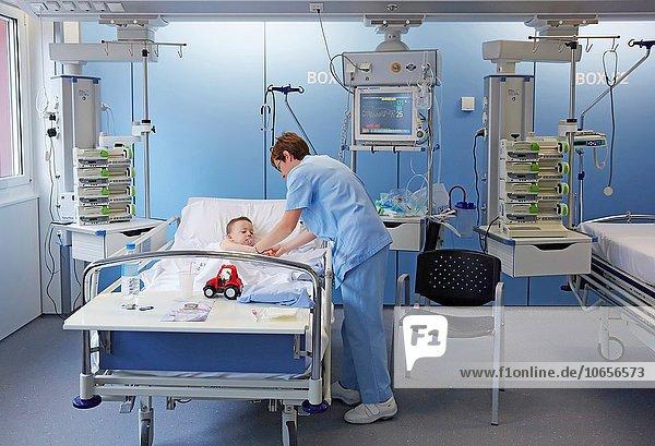 Fürsorglichkeit Pflege Pflegebereich Einheit intensiv Baskenland