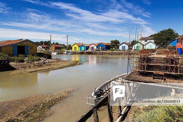 Hafen Almhütte Frankreich Europa bunt Insel Landwirtin Palast Schloß Schlösser Auster