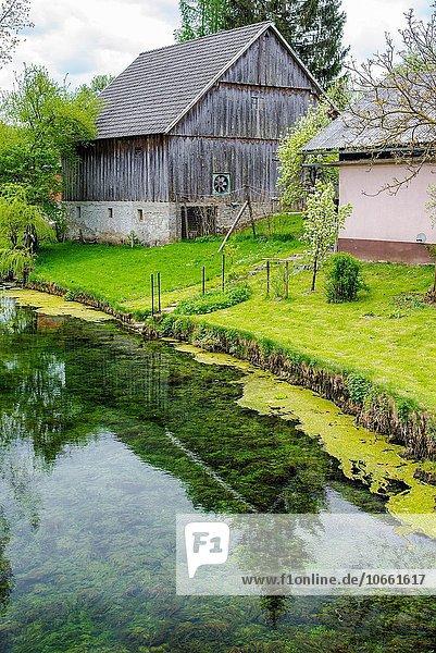 Dorf Slowenien