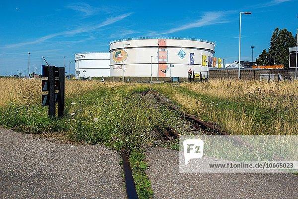 Fischereihafen Fischerhafen führen Kraftstofftank Chemie Benzin aufbewahren Zug Niederlande Öl Rotterdam