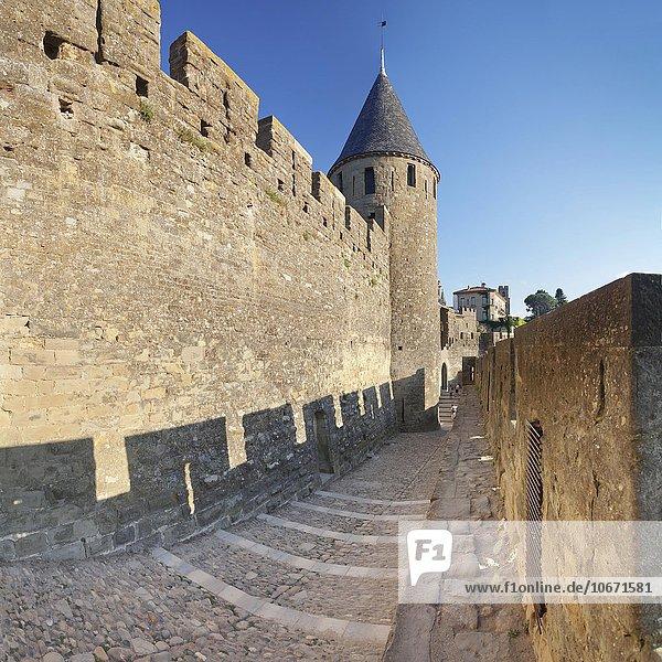 La Cite  mittelalterliche Festungsstadt Carcassonne  UNESCO Weltkulturerbe  Languedoc-Roussillon  Südfrankreich  Frankreich  Europa