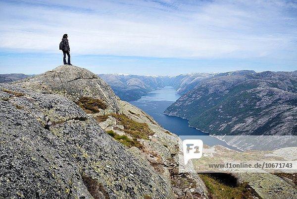 folgen über wandern Fjord Kanzel