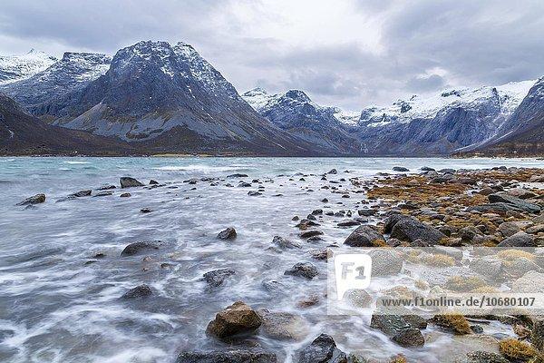 Grotfjord  nahe Troms  Provinz Troms  Norwegen  Europa