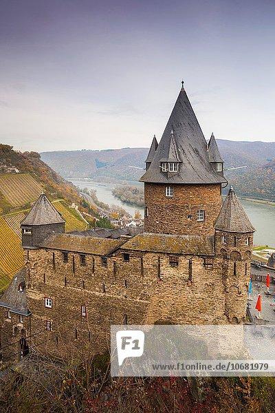 Palast Schloß Schlösser Herbst Ansicht Erhöhte Ansicht Aufsicht heben Burg Deutschland