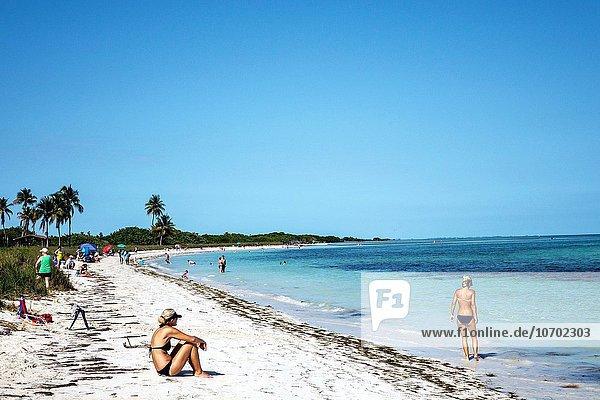 Florida  Keys  Big Pine Key  Bahia Honda State Park  Atlantic Ocean  beach  sunbathers