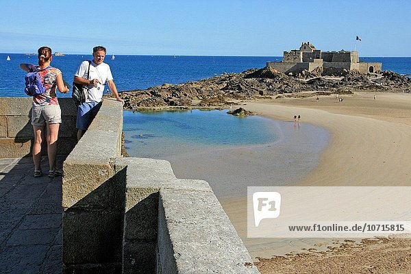 Frankreich Strand Festung Bretagne Reine