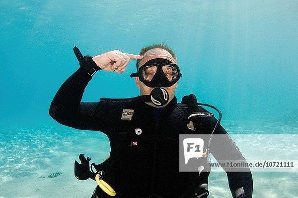 denken Unterwasseraufnahme unter Wasser Zeichen Taucher Sprache Signal