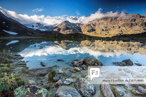 Europa Sonnenaufgang Tal Spiegelung See Italien Lombardei Reflections