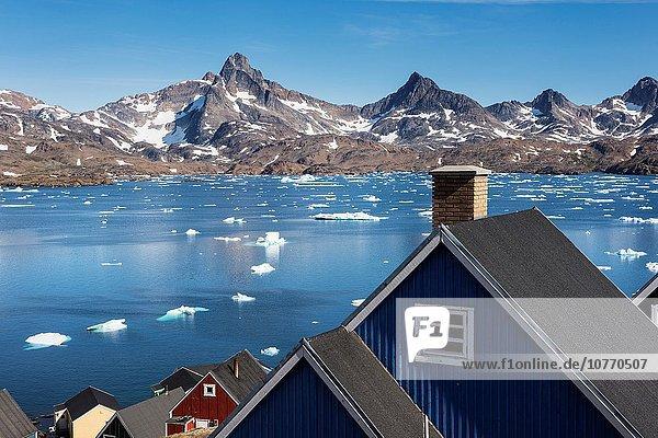 Farbaufnahme Farbe Dorf Tasiilaq Grönland