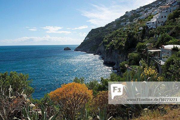 Gebäude Küste Ansicht Amalfi Italien