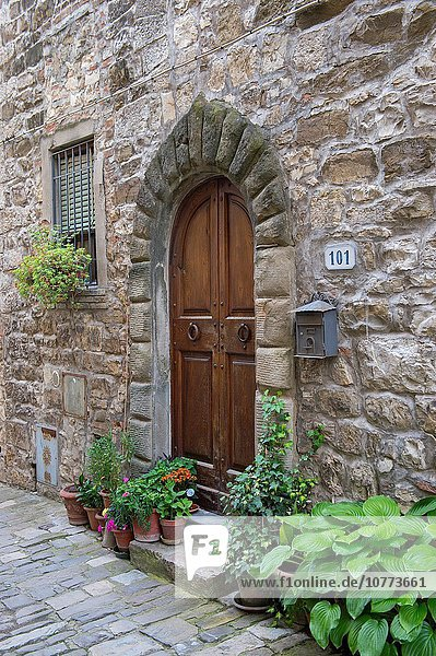 nahe Detail Details Ausschnitt Ausschnitte Wohnhaus Tür Stadt Dorf befestigen Geographie Chianti Greve Italien Toskana