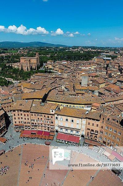 Quadrat Quadrate quadratisch quadratisches quadratischer Ansicht bauen Platz Toskana