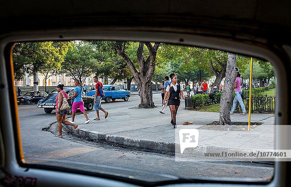 Städtisches Motiv Städtische Motive Straßenszene Straße Kuba