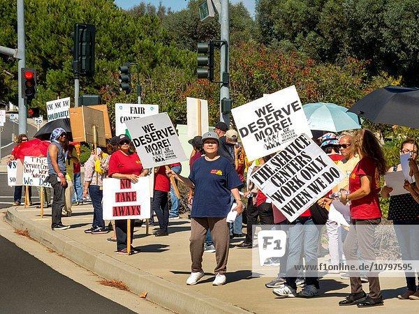 Vereinigte Staaten von Amerika USA Einheit arbeiten Gebäude Rebellion Regierung multikulturell Einkommen Elektrizität Strom angreifen Kalifornien Terminplanung unzureichend Streik protestieren Gewerkschaft