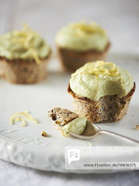 Mohn-Zitronen-Cupcakes