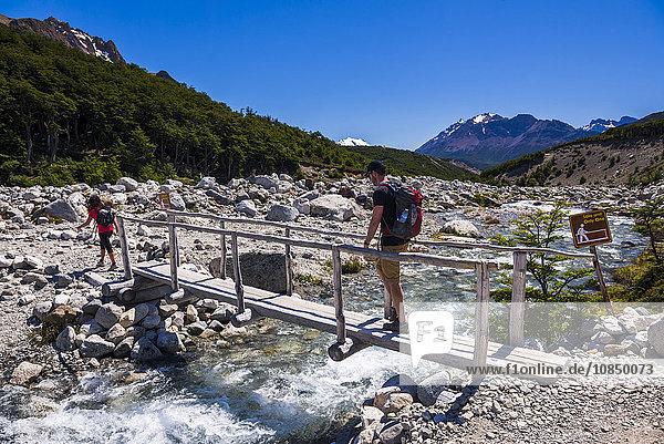 El Chalten  hiking to Laguna de los Tres in Los Glaciares National Park  UNESCO World Heritage Site  Patagonia  Argentina  South America