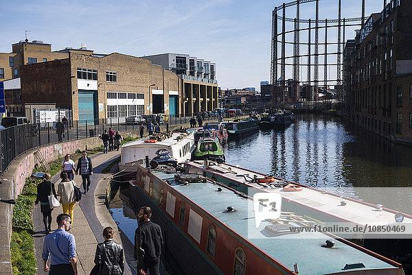 Regents Canal at Haggerston  near Broadway Market  Hackney  London  England  United Kingdom  Europe