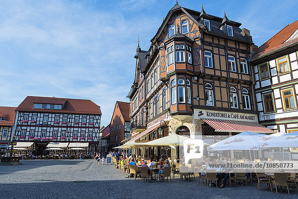 Half-timbered houses and cafe on the market square  Wernigerode  Harz  Saxony-Anhalt  Germany  Europe