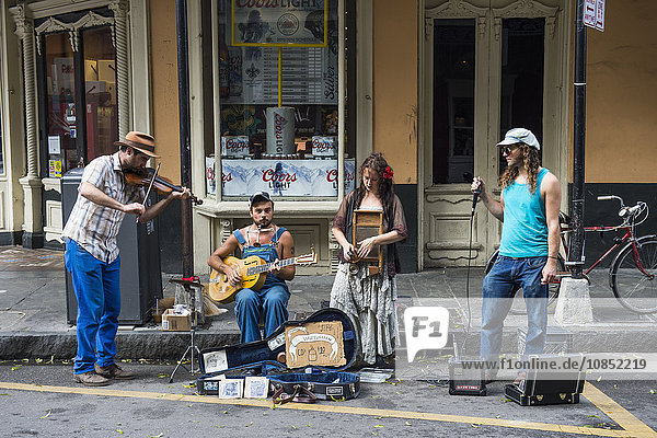 Street musicians in the French Quarter  New Orleans  Louisiana  United States of America  North America
