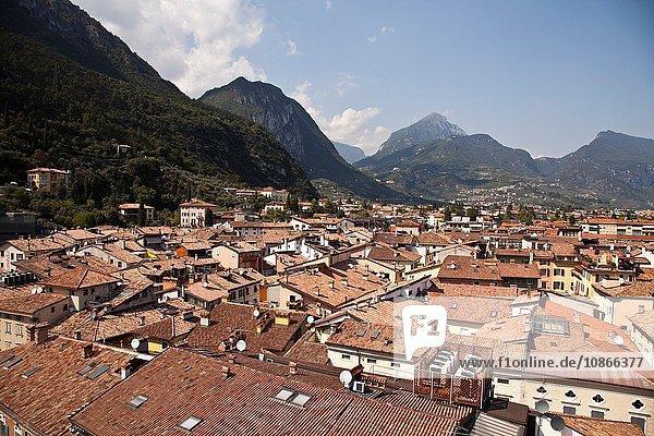 Luftaufnahme der Dächer der Dörfer