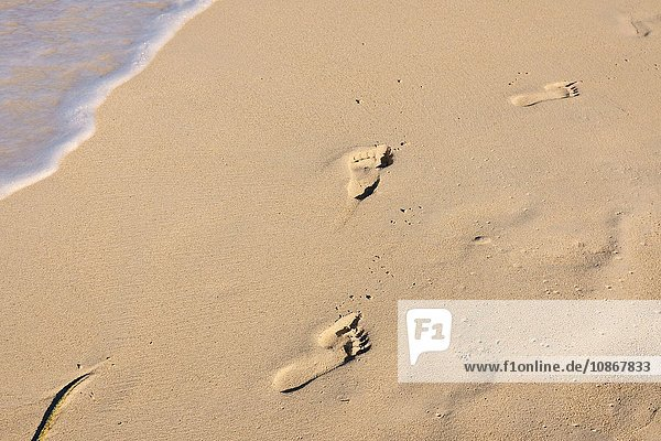 Fussspuren am Seven Mile Beach  Negril  Jamaika