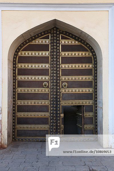 Eingang im Stadtpalast Jaipur  Rajasthan  Indien