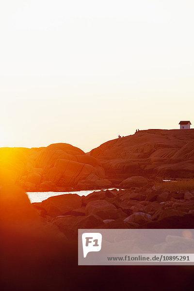 Schweden  Bohuslan  Lysekil  Stangehuvud  Idyllischer Sonnenuntergang am Meer