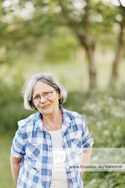 Schweden  Vastra Gotaland  Sandared  Porträt einer älteren Frau