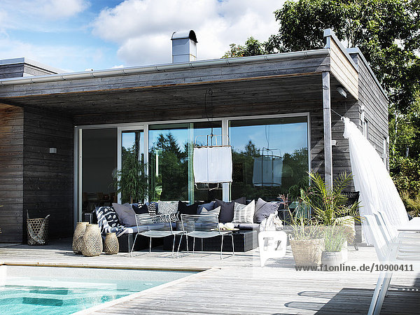 Schweden  Halland  Kullavik  Bockekullevagen  Modernes Haus außen