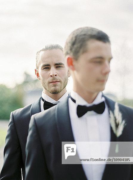 Schweden  Portrait des Bräutigams bei der Schwulenhochzeit