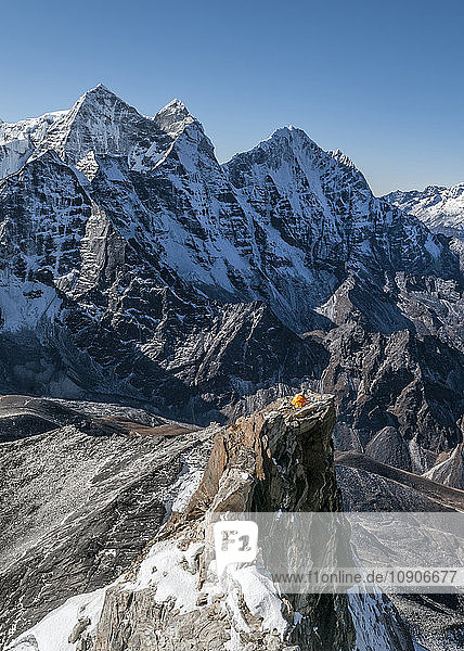Nepal  Himalaya  Solo Khumbu  Camp 2  Ama Dablam South West Ridge