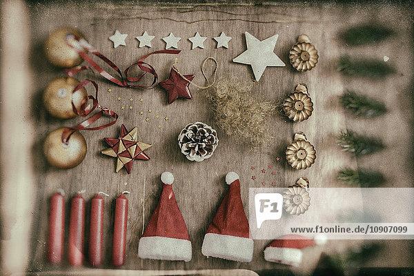 Weihnachtsschmuck  Knolling