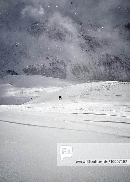 France  Hautes Alpes  Queyras  Nature Park  Ceillac  Pic de Chateau Renard  ski mountaineering